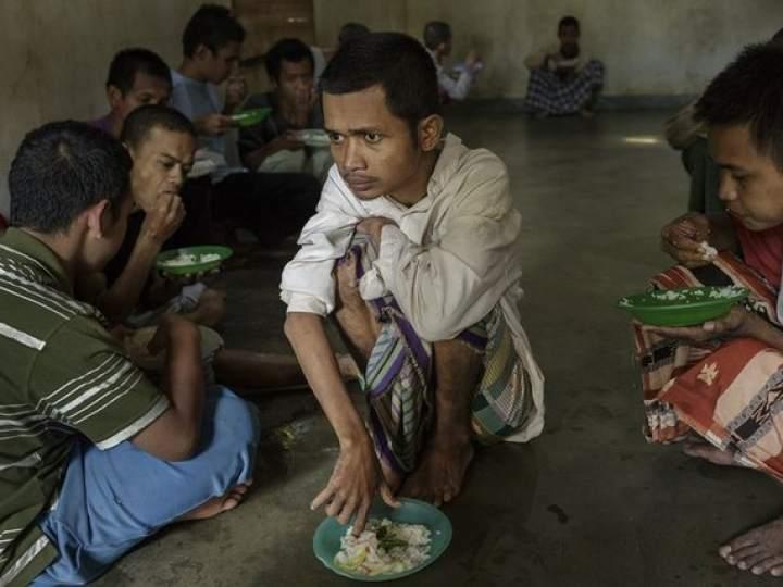 Endonezya Akıl Hastanesinden Şok Görüntüler 15