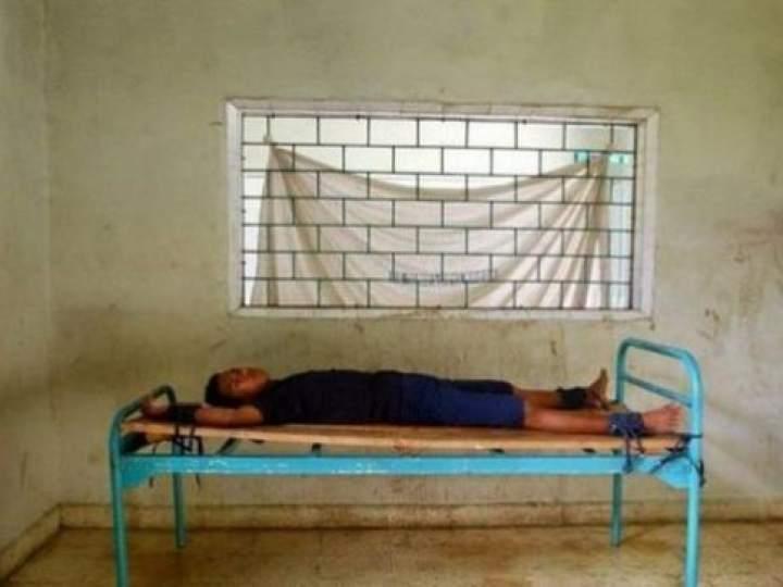 Endonezya Akıl Hastanesinden Şok Görüntüler 21