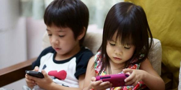 Akıllı Telefonların Çocuklara Zararları Nelerdir? 3