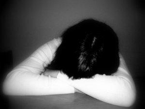 Duyguları Abartılı Yaşamak Depresyon Nedeni!
