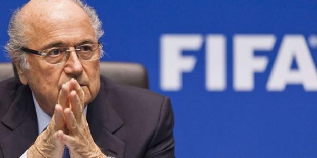 FIFA Başkanı Sepp Blatter İstifa Etti!