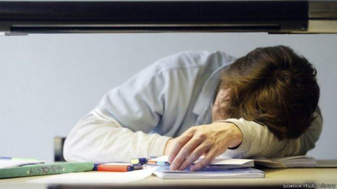 Ergenler Okula Saat Kaçta Başlamalı?