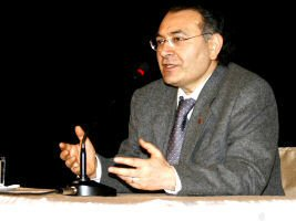 Prof. Nevzat Tarhan Samsunda Konferans Verdi