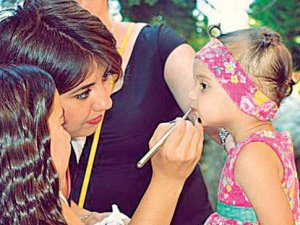 Çocuk Çalıştıran Dizi Setine Psikolog Zorunluluğu Geliyor