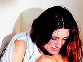 10 kadından 4ü evde şiddet görüyor