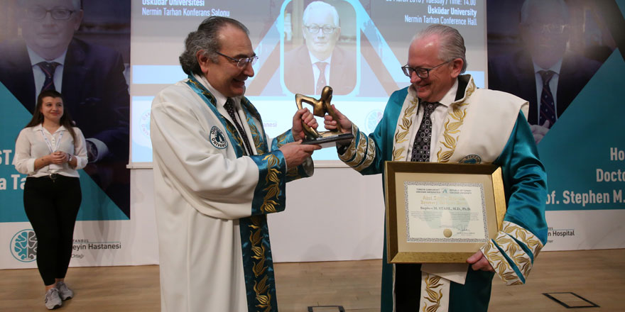 Prof. Dr. Stephen M. Stahl'a fahri doktora unvanı verildi