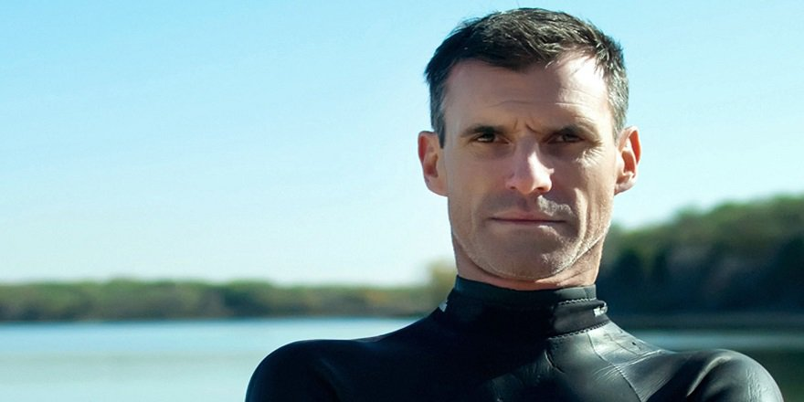 Ben Lecomte Büyük Okyanus'u yüzerek geçme denemesine başladı