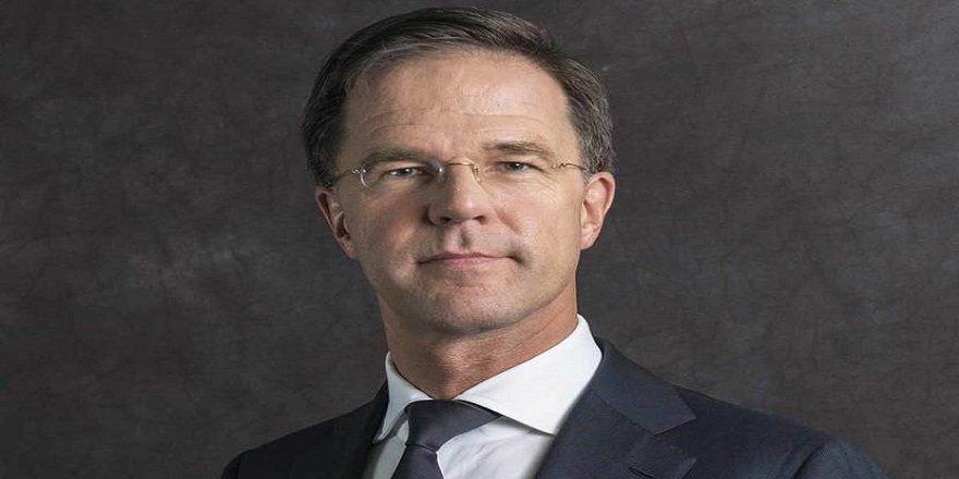 Hollanda, Başbakan Rutte'nin parlamentoda temizlik yapmasına şaşıranlara şaşırıyor