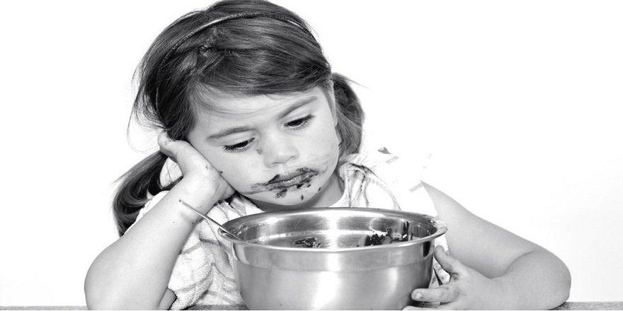 Çocuklara sakinleşmeleri için verilen yiyecekler 'yeme bozukluğuna yol açabilir'