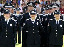 Üç bin polise bir psikolog düşüyor