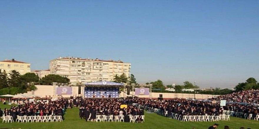 Boğaziçi Üniversitesi mezuniyet töreninde protesto!