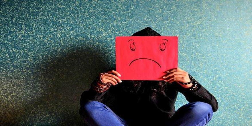 Ne kadar süre mutsuz hissederseniz tehlikedesiniz?