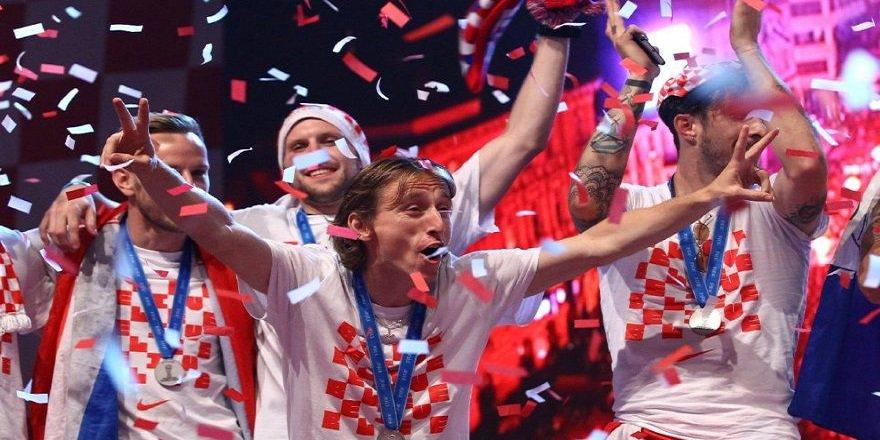 Dünya ikincisi olan Hırvatistan'a tarihi ödül