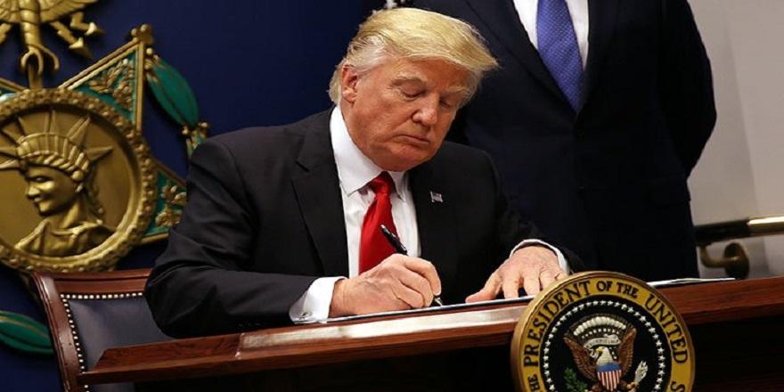 Trump 'F-35 savaş uçaklarının Türkiye'ye teslimatını geçici olarak durduran' belgeyi imzaladı