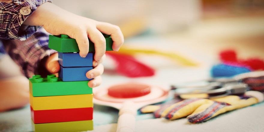 Oyun terapisi çocukları depresyondan koruyor
