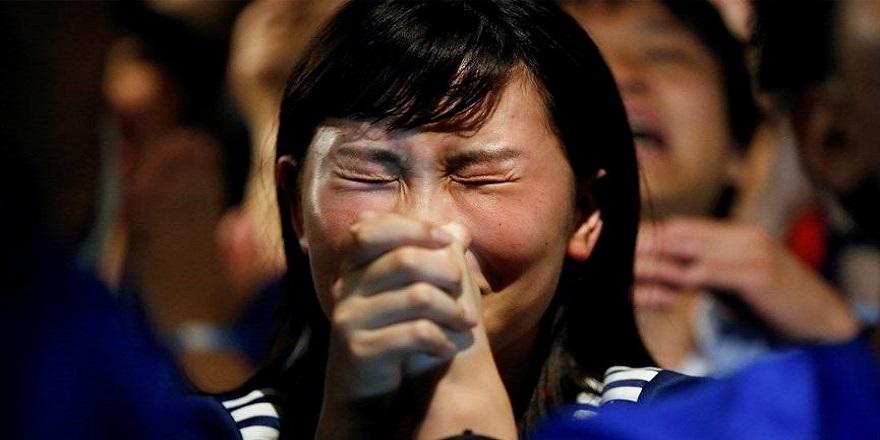 Japonlar ağlama dersi alıyor