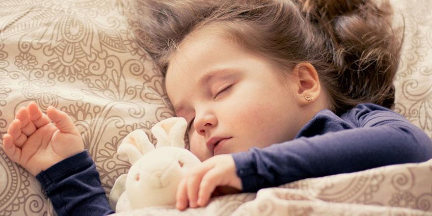 Çocuklar Ne Zaman Yanlız Yatmalı?