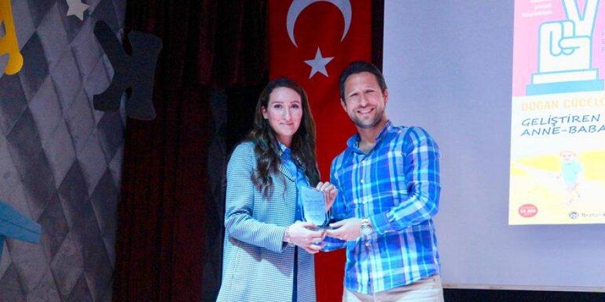 """Psikolog Nilay Azimoğlu, """"İlk eğitim ailede başlar"""""""