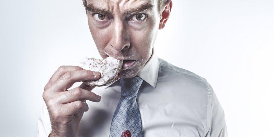 Yedikleriniz psikolojinizi etkiliyor!