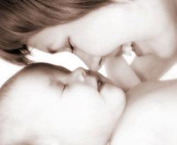 Şefkatli annelerin çocukları obez olmuyor