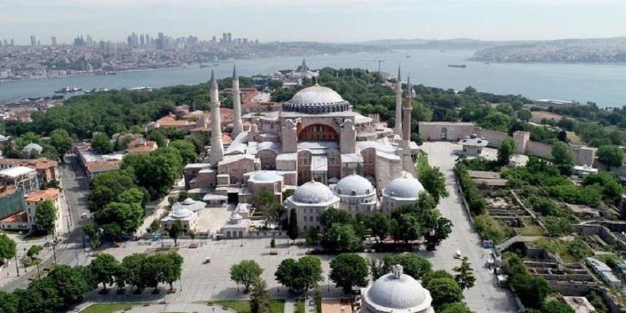 Bakan Çavuşoğlu'ndan Ayasofya Açıklması