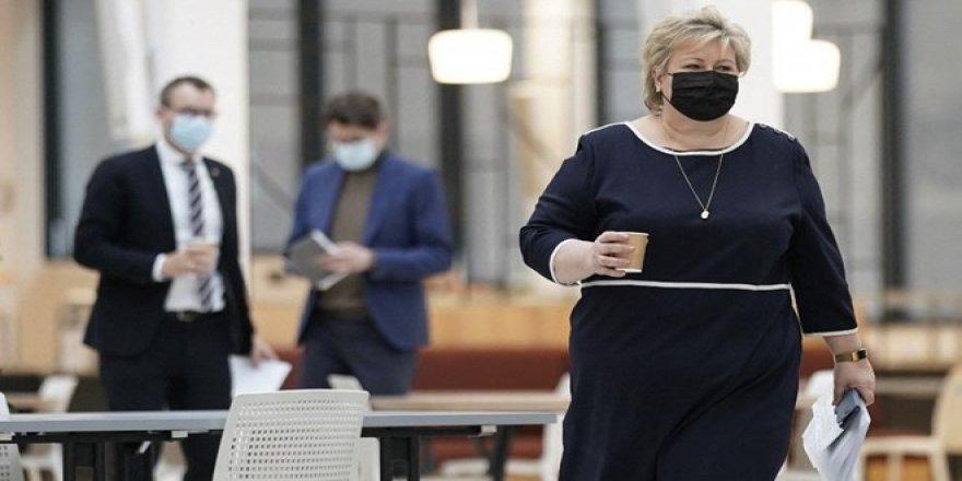 Norveç Başbakanına 2 bin 350 dolar para cezası