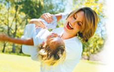 Stresi yenenler bebeklerini kucaklıyor