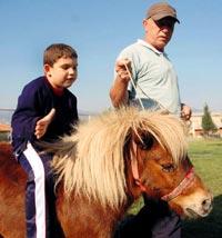 Hayvanla otizm terapisi