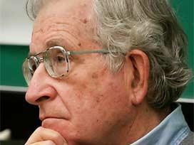 Noam  Chomsky'den Son ABD Seçimleri İle İlgili Çarpıcı Tespitler