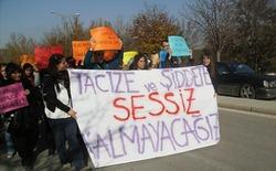 ODTÜ'lüler Üniversitede Tacizi Protesto Ettiler