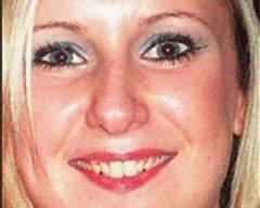 Facebooka bekar yazan karısını öldürdü