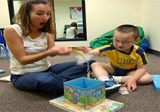 İletişim eksikliği otizm belirti
