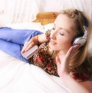 Yüksek Sesle Müzik Dinlemenin Riskleri