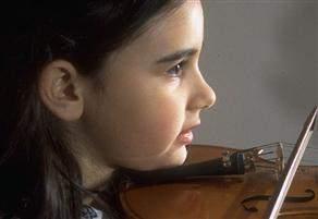 Müzik aleti çalmak çocukların zekâsını geliştiriyor