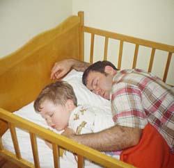 Babasız büyüyen çocuklara dikkat