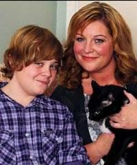 Otistik çocuğu kedi dünyaya döndürdü