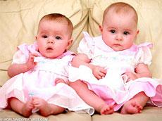 Aynı gün doğdular ama ikiz değiller