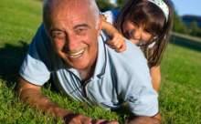 Torunuyla İlgilenen Yaşlılar Daha Az Depresyona Giriyor