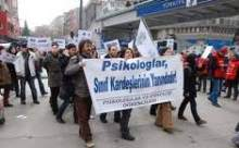 Psikologlar Taksimde Yürüdü!