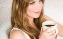 Alkol ve Kahve Göz Tiklerini Etkileyebilir