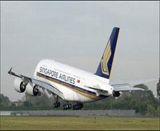 Airbus A380 İlk Seferini yaptı