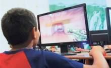 Çocuklar Facebook İçin Yaşını Büyük Gösteriyor