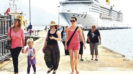 Türkiye'ye Gelen Turist Artışa Geçti