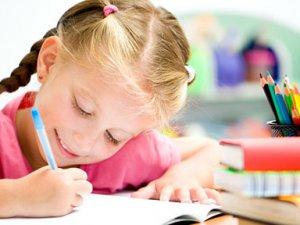 Çocuğunuz Okurken Bunu Yapıyorsa Dikkat!