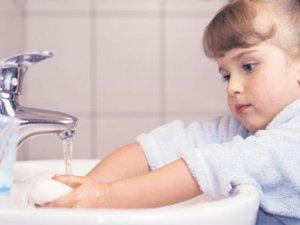 Çocuğunuz Tuvaletini Tutuyorsa Dikkat