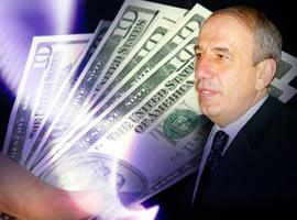Gürüz 'dolarla rüşvet aldı' iddiası