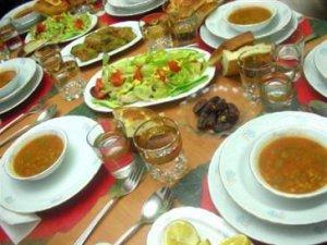 Ramazan'da 2 Yerine 3 Öğün Yapın