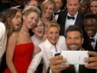 Selfie Çekmeye Meraklı Erkeklere Dikkat
