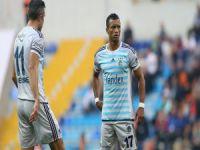 Nani ve Alves Ajax Maçında Yok