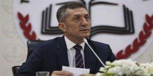 Milli Eğitim Bakanı Ziya Selçuk, ilk basın toplantısını düzenledi